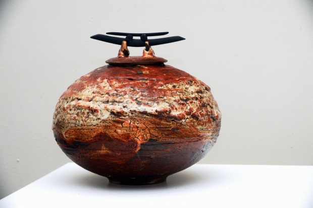 Shino Lidded Vessel with Blades by John Stroomer