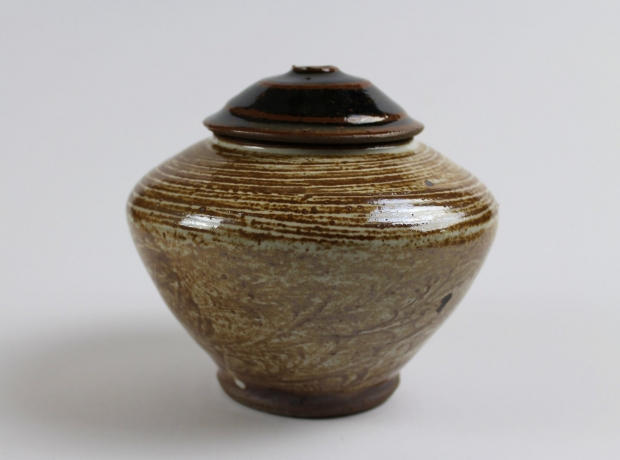 Lidded Caddy, Brushed Red River Silt and White Glaze by Tim Lake