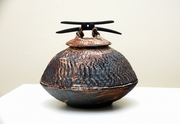 Dry Shino Lidded Vessel with Blades 2 by John Stroomer