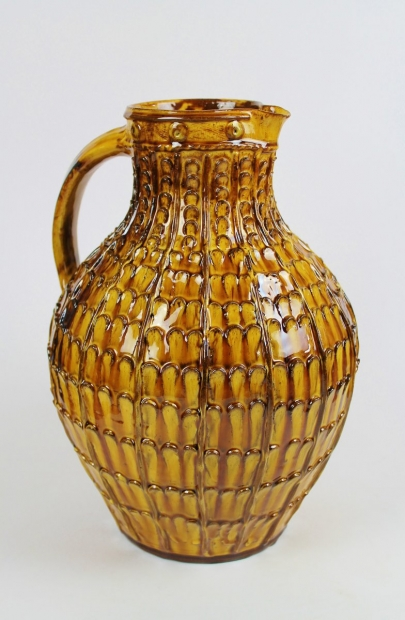 Large slipware honey pelleted jug by Doug Fitch
