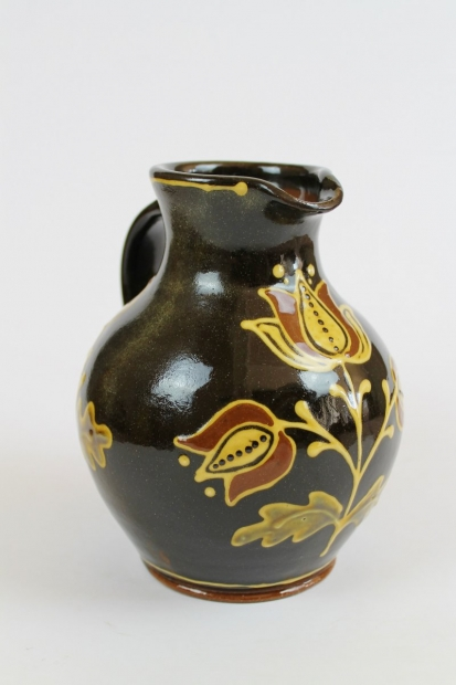 Small slipware tulip jug, dark brown  by Hannah McAndrew